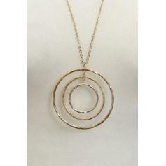1872250300500-CIRCLE